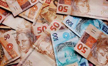 Recebimentos a partir de R$ 30 mil em espécie precisam ser declarados à Receita