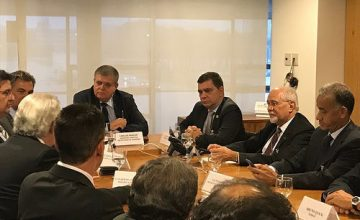 Fenacon participa de encontro em defesa do Refis das micro e pequenas empresas